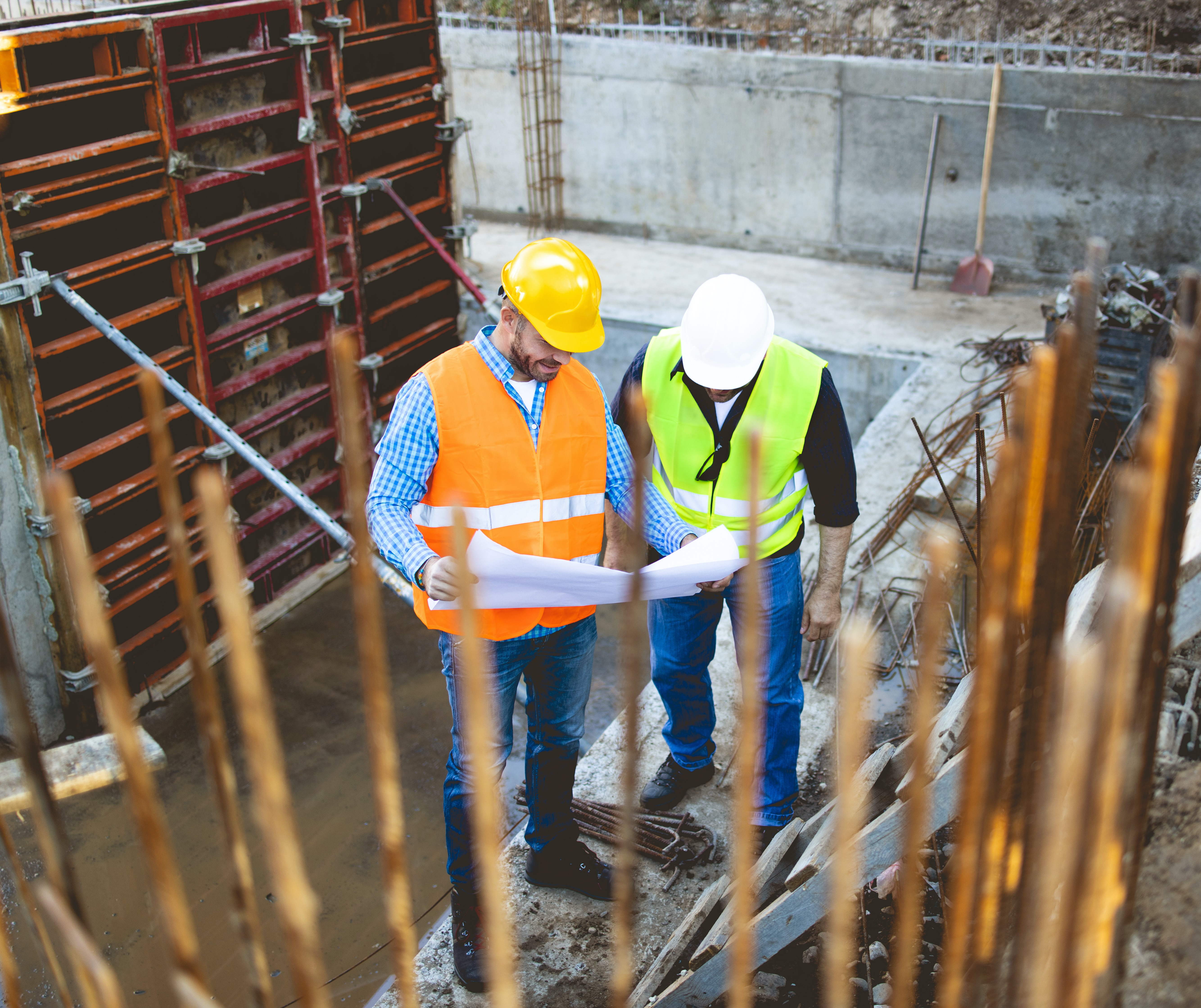 construction-employee-supplier-contractor